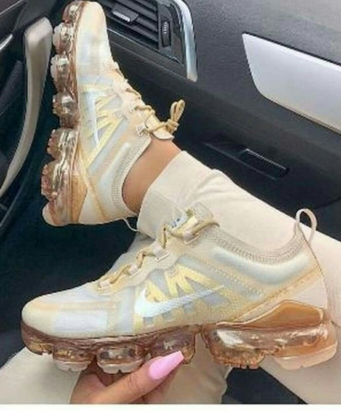 nike air vapormax 2019 rose gold